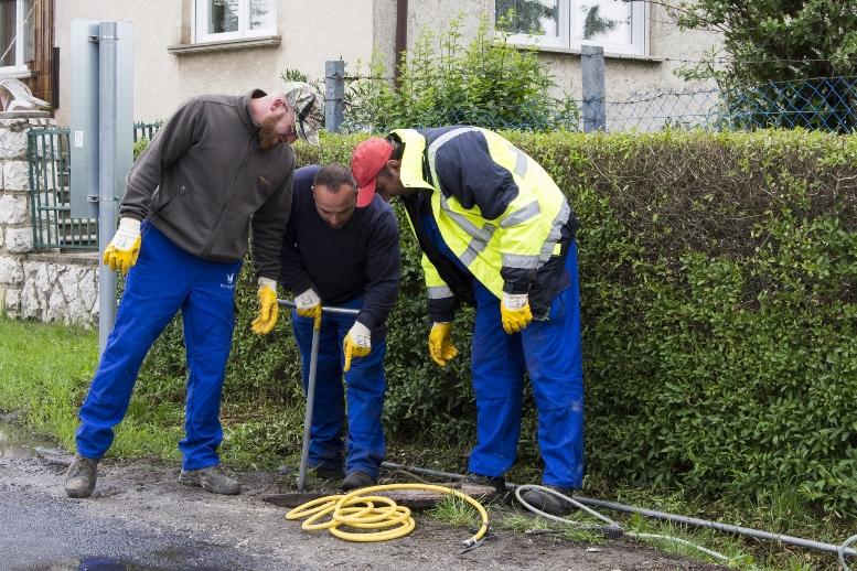 Nagyszabású vízvezeték felújítás a Malom úton